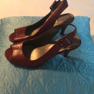 Kenneth Cole Dark Red Slings 8.5 barely worn